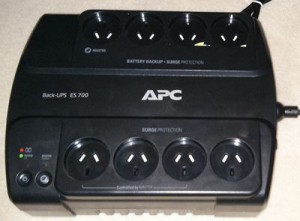 APC UPS ES700